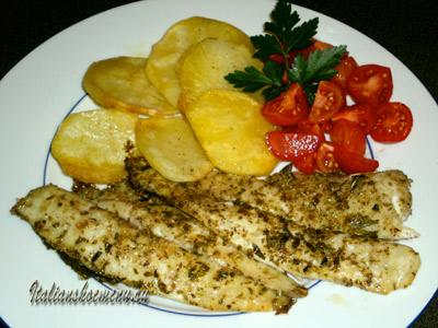 рыба запеченная с картофелем и помидоры на гарнир!