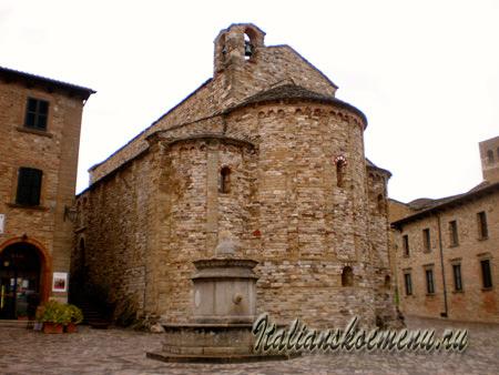 дороманская церковь 9-го века Pieve di Santa Maria Assunta