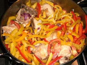 овощи в кастрюлю